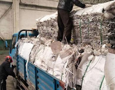 广州废料装车
